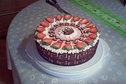 Erdbeer - Yogurette - Torte 8