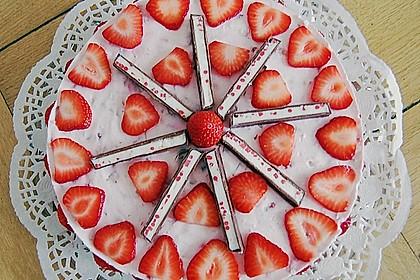 Erdbeer - Yogurette - Torte 25