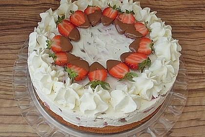 Erdbeer - Yogurette - Torte 12
