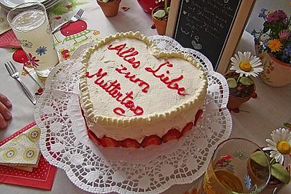 Erdbeer - Yogurette - Torte 24