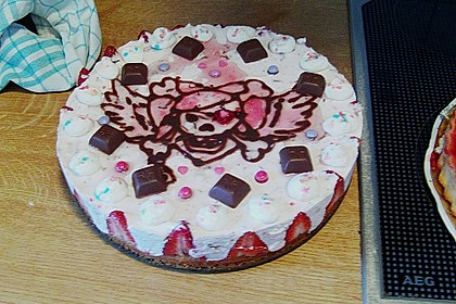 Erdbeer - Yogurette - Torte 97