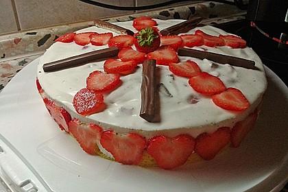 Erdbeer - Yogurette - Torte 53