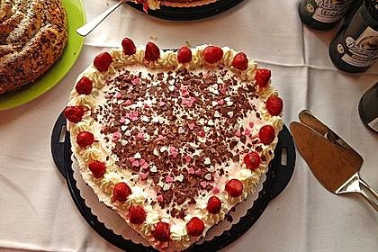 Erdbeer - Yogurette - Torte 44