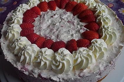 Erdbeer - Yogurette - Torte 64