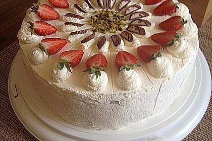 Erdbeer - Yogurette - Torte 9