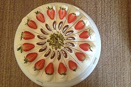 Erdbeer - Yogurette - Torte 4