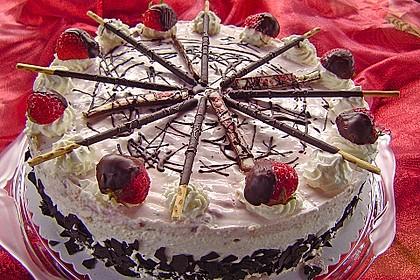 Erdbeer - Yogurette - Torte 17
