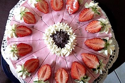 Erdbeer - Yogurette - Torte 27