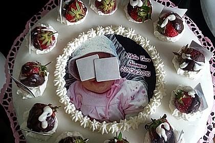 Erdbeer - Yogurette - Torte 35