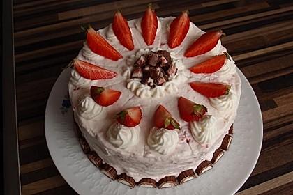 Erdbeer - Yogurette - Torte 15