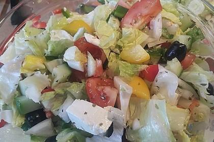 Griechischer Bauernsalat mit Feta 12