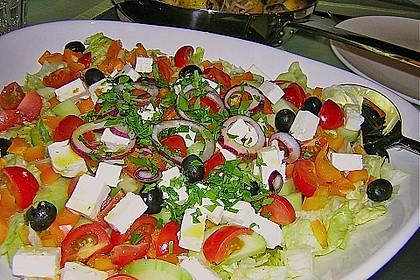 Griechischer Bauernsalat mit Feta 5