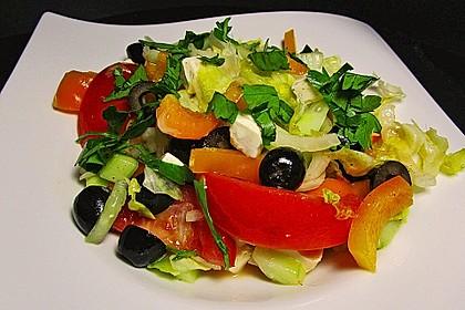 Griechischer Bauernsalat mit Feta