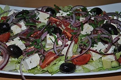 Griechischer Bauernsalat mit Feta 15
