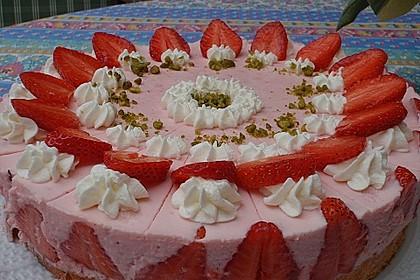Erdbeer - Sekt - Torte 4