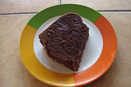 Schokoladen - Kirsch - Guglhupf 6