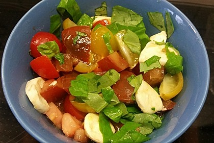 Mediterraner Tomatensalat 2