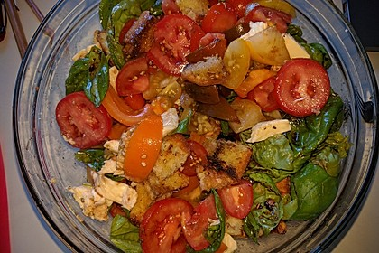 Mediterraner Tomatensalat 1