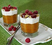 Leichtes Schichtdessert mit Apfelmus und Joghurt (Bild)