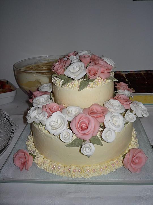 Hochzeitstorte Von Kuddelhb Chefkoch De