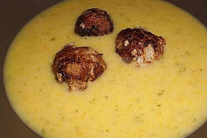 Kartoffelsuppe mit Hackbällchen und dicken Bohnen 1