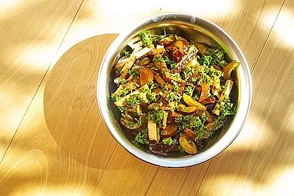 Pflaumen-Tofu-Ravioli in Kürbis-Rote Bete-Sauce, vegan 1