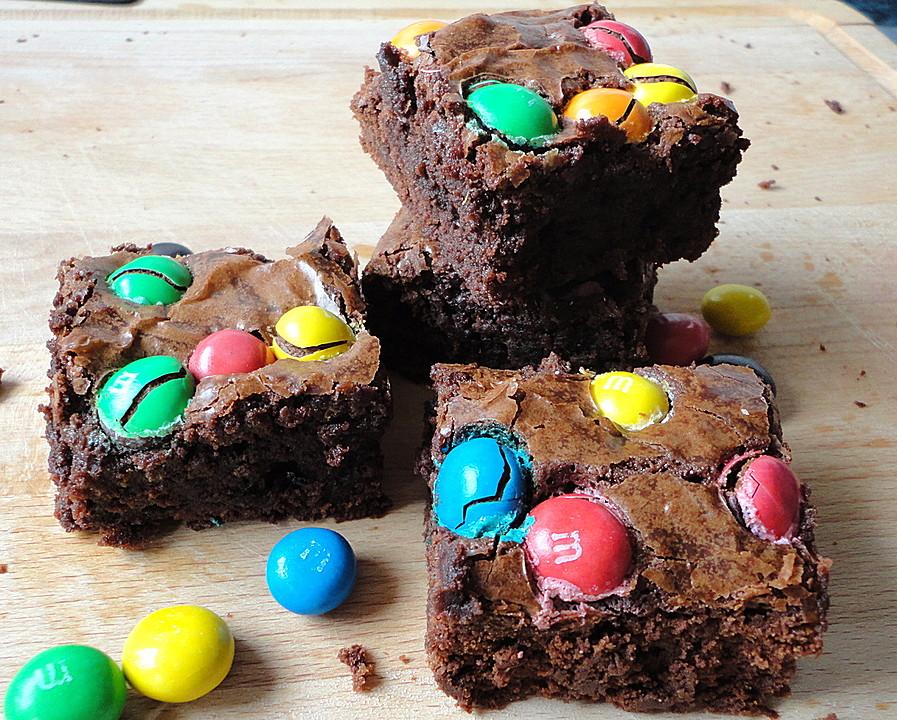 Fudgy Brownies Mit M Ms Von Robinbaker Chefkoch De