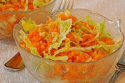 Chinakohl-Karotten Salat 12