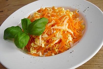 Chinakohl-Karotten Salat