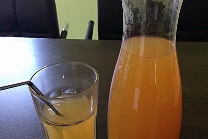 Zitroneneistee kalorienarm