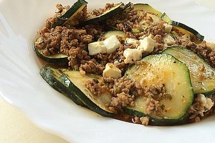 Griechischer Zucchini-Auflauf mit Feta