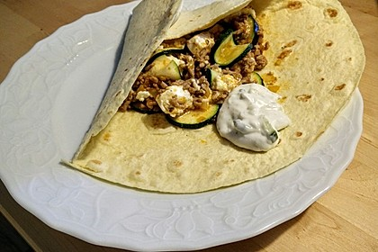 Griechischer Zucchini-Auflauf mit Feta 7