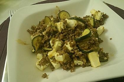 Griechischer Zucchini-Auflauf mit Feta 13
