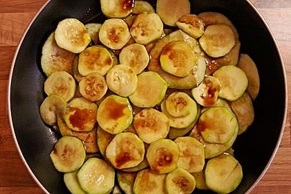 Ofengemüse an Balsamico mit Schafskäse
