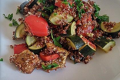 Quinoapfanne mit Gemüse und Tofu 3