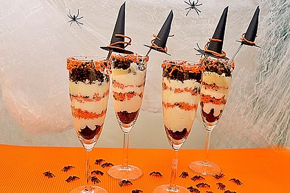 Halloween Oreo Parfaits