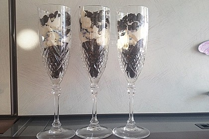 Halloween Oreo Parfaits 1