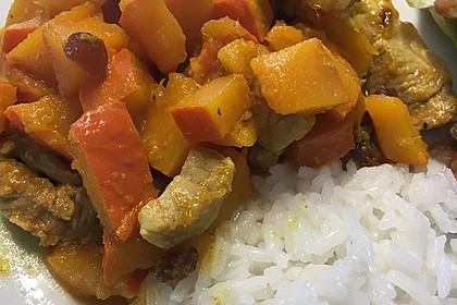 Hähnchencurry mit Kürbis und Möhren