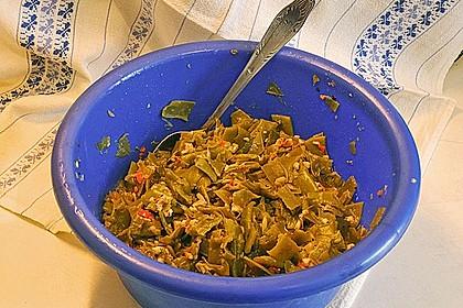 Scharfe grüne Bohnen mit Walnüssen und Knoblauch 1