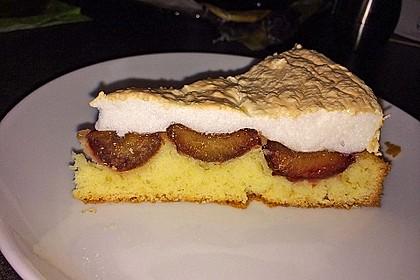 Pflaumenkuchen mit Kokosraspel und Baiser