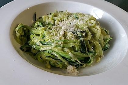 """Zucchini-Nudeln """"aglio e olio"""" 6"""