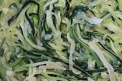 """Zucchini-Nudeln """"aglio e olio"""" 35"""