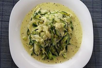 """Zucchini-Nudeln """"aglio e olio"""" 22"""