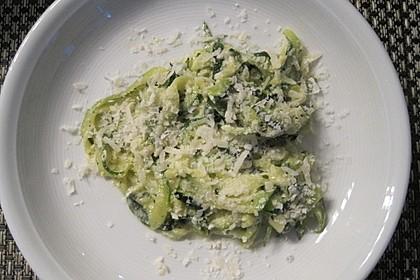 """Zucchini-Nudeln """"aglio e olio"""" 14"""