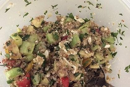 Quinoa Powersalat mit Tomaten und Avocado 55