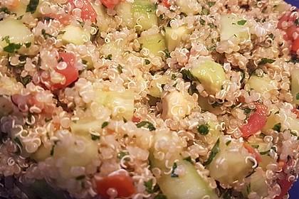 Quinoa Powersalat mit Tomaten und Avocado 43