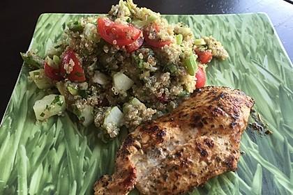 Quinoa Powersalat mit Tomaten und Avocado 41