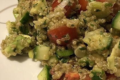 Quinoa Powersalat mit Tomaten und Avocado 38