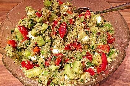 Quinoa Powersalat mit Tomaten und Avocado 20