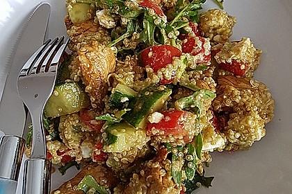Quinoa Powersalat mit Tomaten und Avocado 16